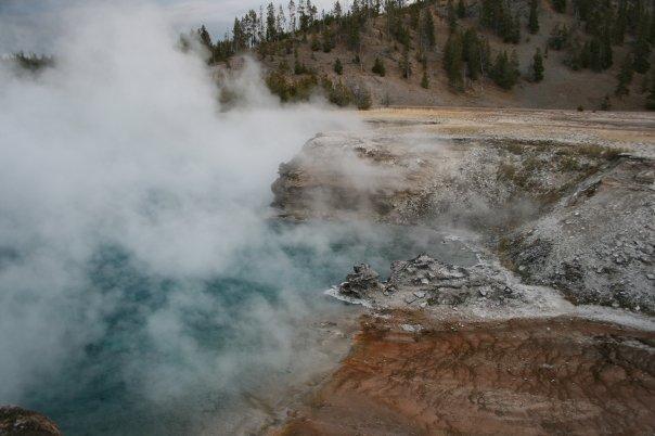Yellowstone National Park  yellow3